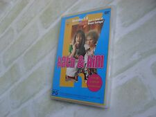 KATH & KIM - EPISODES 1-8 - REGION 4 PAL - 2 DISC DVD SET