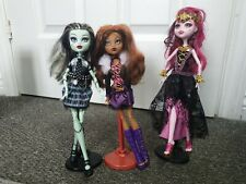 Monster High Original Dolls. Frankie Stein, Clawdeen Wolf and Draculaura Dolls
