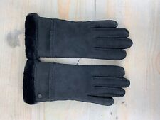 UGG black SHEEPSKIN EXPOSED SLIM TECH GLOVES   WOMENS LARGE NWT
