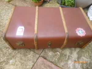 Vintage Bentwood Steamer Trunk / Coffee Table / Storage Box with Original Tray