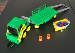 Rokenbok System RC Green TransGripper & Trailer 1997 with accessories