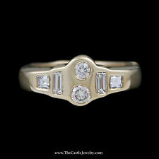 Flat Set Round Brilliant Cut & Baguette Diamond Ring w/ Curved Mounting 14k YG