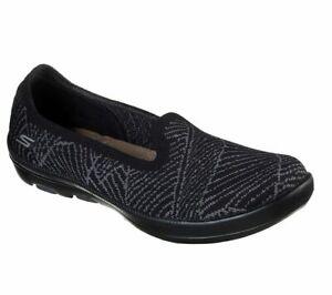 Skechers Womens On the GO Bliss Slip On Goga Mat Air Cooled Dress Shoe 16510