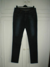 LEVIS demi curve - mid rise skinny - W32 - L34 - NEW WITH TAGS