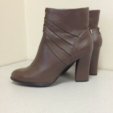 Monet Margie Ankle Boots Size 10M Taupe Great Winter Snow Season Office Boots