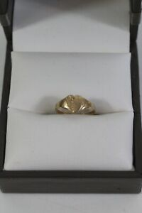 9ct Yellow Gold Childs Heart Ring Size B