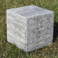 kleiner Stein(Podest) aus Naturstein 15 x15 x15cm *