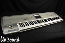 Korg Triton Studio V2 76-Key Sintetizador Terminal En Muy Buena Condición