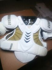Warrior Size S/P Sr Lacrosse White scpn Shoulder Pads Hitman