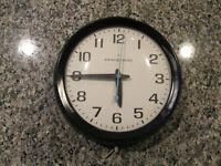 "REDUCED! - GE Model 2008A Wall Clock  -  10 1/2"" diameter"