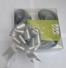 Lazos y cintas de boda de color principal plata