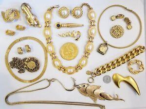 AWESOME Vintage Mod Gold Tone Jewelry LOT Monet Carolee E Pearl Napier Tona+
