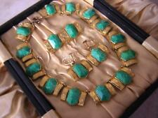 ART DECO CZECH EGYPTIAN REVIVAL PEKING JADE NECKLACE BROOCH EARRINGS SET & CASE