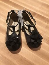 Brand New Old Navy Toddler Girl Black & Silver Dress Shoes With Flower, Size 8