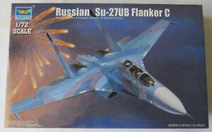 Trumpeter 1/72 Sukhoi Su-27UB Flanker C Model Kit 01645