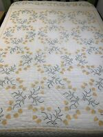 Vintage Embroidery Quilt Cutter Hand Quilted 75x88