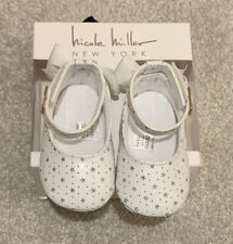 BNIB NICOLE MILLER BABY CRIB SHOES FAUX LEATHER WHITE SILVER STARS HOOK BUCKLE