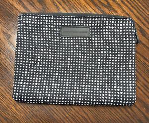 Marc By Marc Jacobs Star Black White Zipper Smart Tablet Case