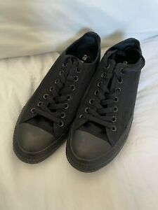 Converse All Black Low Top Size UK9