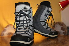 Airwalk Snowboarding Grey/Black/White Lace-up Boots Size Men's 8, Women's 9