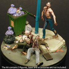 "Royal Model 1/35 ""Night of the Living Dead"" Zombies Eating Man (3 Figures) 778"