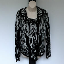 'YARRA TRAIL'  EC SIZE 'L' BLACK & CREAM LONG SLEEVE WOOL TOP WITH ZIP FRONT