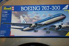 REVELL 1:144 BOEING 767-300 KLM   04231
