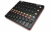 Akai Professional High-Performance Usb Midi Mixer Daw Controller Midi Mix New