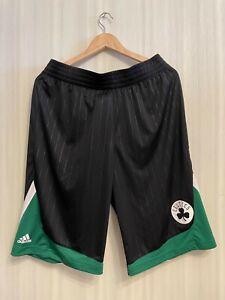 5+/5 Boston Celtics Size L Adidas Basketball men's shorts NBA Large