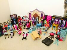 Monster High School Mega Bundle Includes 15 Doll & Lots Of Playsets/Furniture B4
