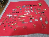 Lot of cuff links and tie tacks