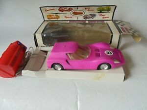 Alfa Romeo OSI Scarabeo Giulia Pink Plastic Battery 1/32 Scale 14.5 cm Hong Kong
