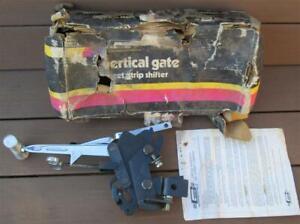 NOS Mr. Gasket Vertigate 4 Speed Shifter 8156 In Line Vertical Gate New in Box!!