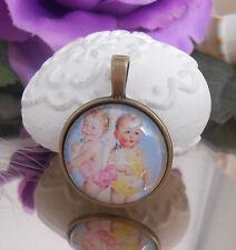 Ketten Anhänger Babys Nostalgie Retro  mit Glas Cabochon 25 mm - Amulett 35 mm
