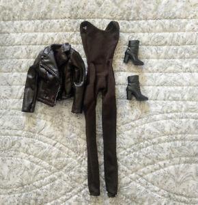 Barbie outfit -The twilight saga breaking dawn bella