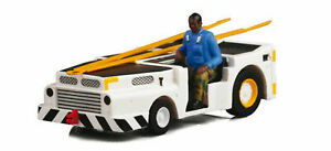Herpa US NAVY MD3 – Navy Track Tractor with Driver 1/72 82TSMWAC005