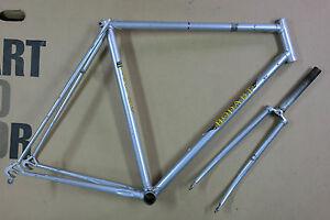 Retro classic road frame and fork BODART  55 cm