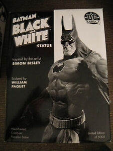 DC DIRECT BATMAN BLACK and WHITE 1st Edition SIMON BISLEY STATUE Maquette