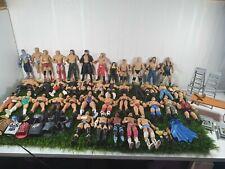 WWE 41 Figuras, Accesorios, Cinturones, escaleras & Conjunto Set Mesa De