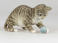 Dekofigur spielende Katze L.  29cm naturfarben Formano