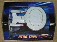 HOT WHEELS STAR TREK U.S.S. ENTERPRISE NCC-1701D DIE-CAST METAL w/ DISPLAY STAND