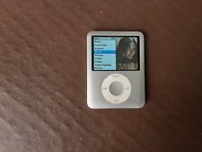 Apple iPod Nano 3rd Gen 4GB Player - Silver