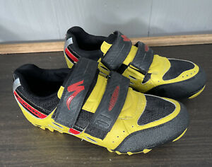 Specialized Comp Cycling Clipless Shoes Size: 41/8.5 Black/Red Strap