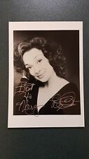 Dixie Carter-signed photo- pose 70 - coa