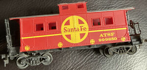 """HO Scale """"ATSF Santa Fe"""" 999850 Freight Train Caboose / Life-Like Brand"""