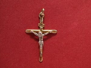 9ct yeallow white gold cross pendant crucifix 35mm long 0.70 gram