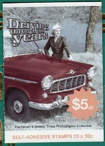 2006 AUST STAMP BOOKLET DRIVING THROUGH THE YEARS HOLDEN 10 x 50c STAMPS MUH