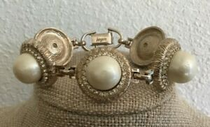 """Vintage Bergere Gold Tone Faux Pearl and Rhinestone Link Bracelet 7 1/2"""""""