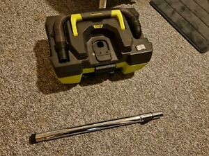 Ryobi One+ 18V 11L Vacuum Cleaner