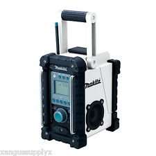 Makita BMR100W LXT 18v Cordless FM / AM Job Work Site Radio with Mp3 Port NEW!